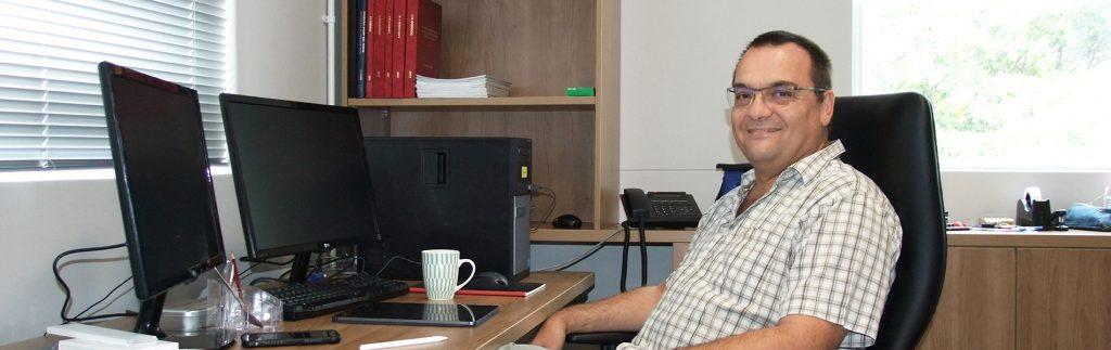 Prof Andries Engelbrecht fotowebsize