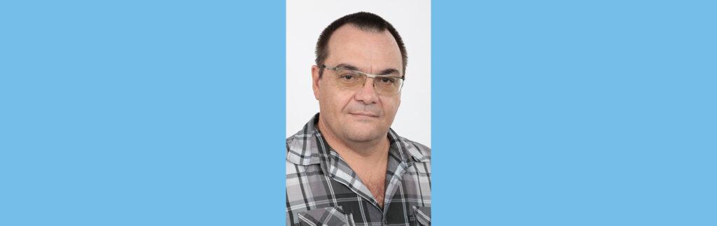 Prof Andries Engelbrecht